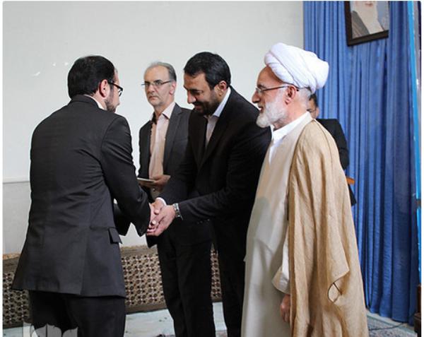 تقدیر رییس کمیته همکاری های استان مرکزی از  فرهنگی محلاتی