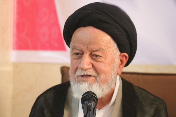 دانش آموزان را با اندیشههای ایرانی اسلامی پیوند دهیم