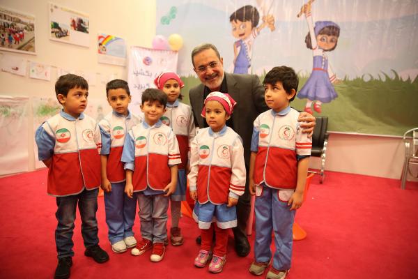 دنیای  زیبای کودکان از نگاه  پیامبر اسلام و اهل بیت علیهم السلام