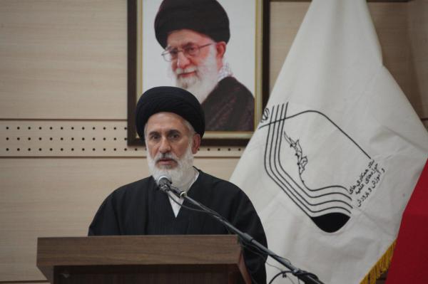 غربت خدمات نظام اسلامی درمیان تیترهای زرد رسانه ها