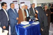 تجلیل مدیر حوزه های علمیه از  دانش آموزان برگزیده جشنواره گیاهان دارویی کشور