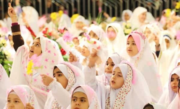 جشن تکلیف تولدی آسمانی در دامان عبودیت است