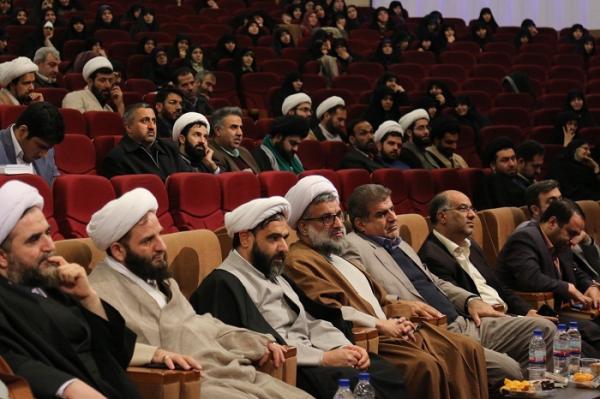 مهمترین پشتوانه روحانیون مدارس معاونان پرورشی هستند/ اگر پویا نباشیم مردم پراکنده می شوند