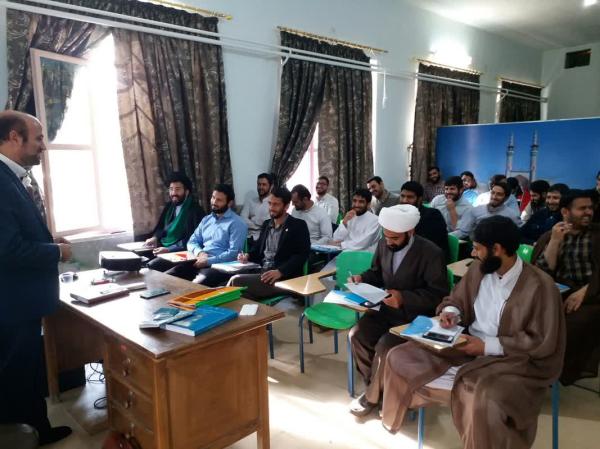 دوره توانمندسازی طلاب وظیفه در یزد و کرمان برگزارشد