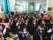ژست جالب دانش آموزان کرمانشاهی در تجمع گرامی داشت شهید سلیمانی