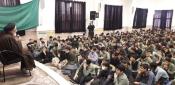 عکس / امام جمعه پردیسان در جمع دانش آموزان