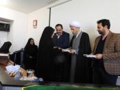 دیدار صمیمی امام جمعه شیراز با دانش آموزان