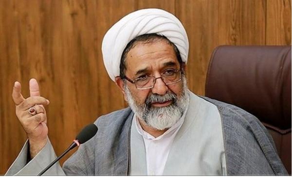 آموزش و پرورش مصصم به تربیت معلّمینی در تراز انقلاب اسلامی است