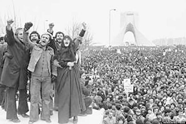 انرژی های آزاده شده انسانی و آسمانی انقلاب اسلامی