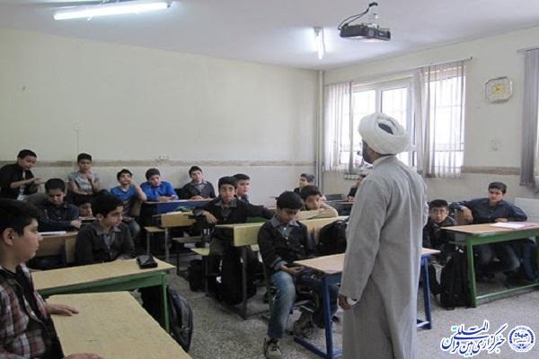 طرح «یاران موعود» در ۴۱ مدرسه اردبیل اجرا شد